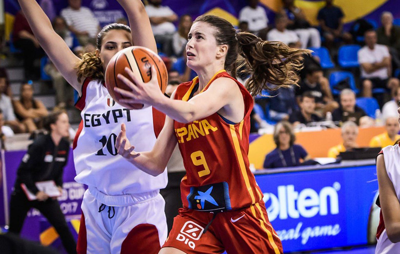 AINA AYUSO has signed with Femení Sant Adrià
