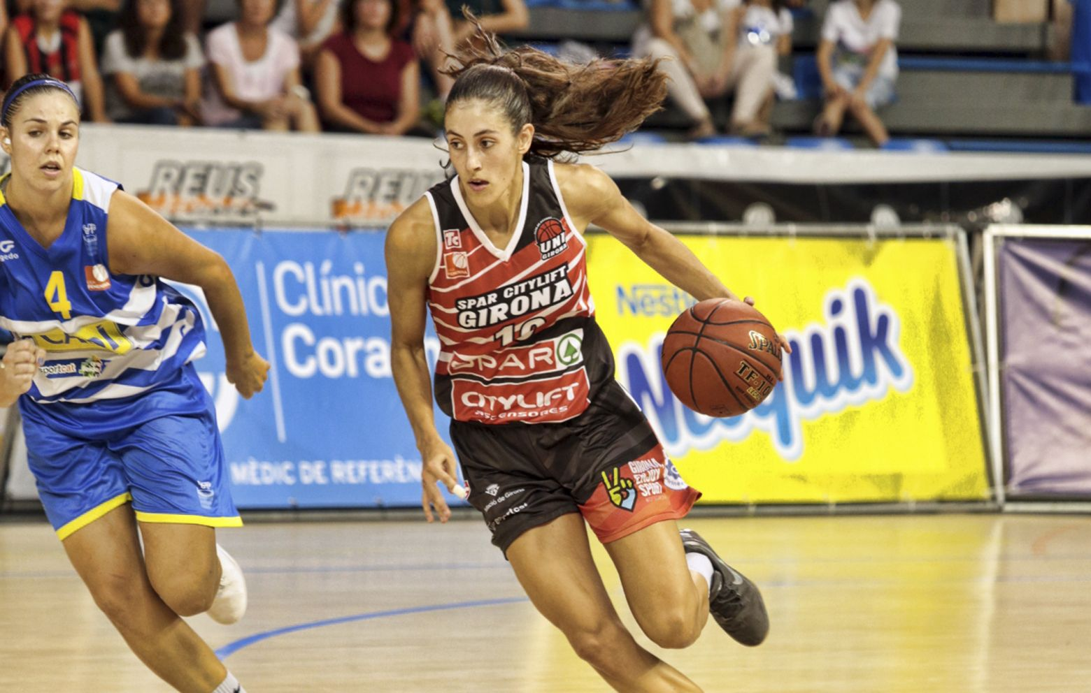 MARÍA CONDE shines with 18 points, 7 rebounds, 5 assists and +29 efficiency against Estudiantes