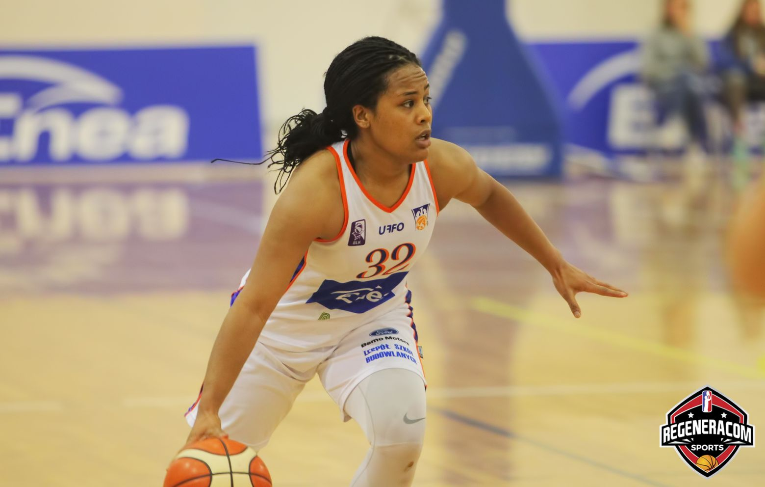 JAZMINE DAVIS has signed in Poland with Wizdew Lodz