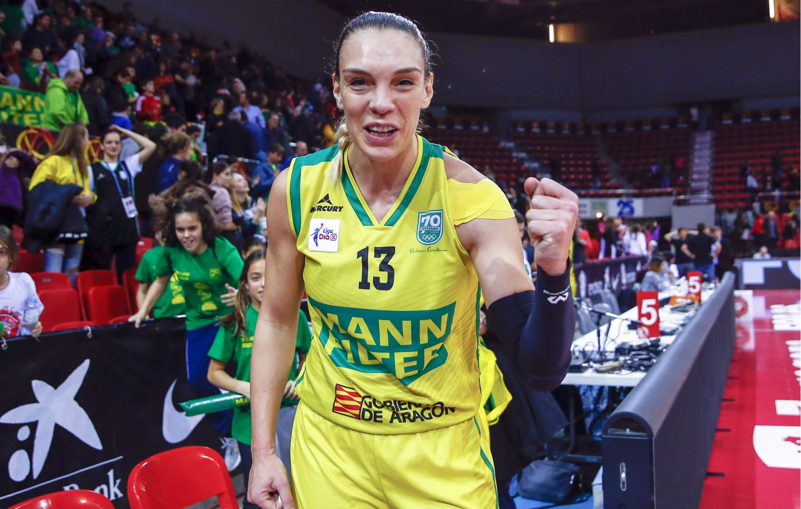 LUCI PASCUA has signed with Gernika