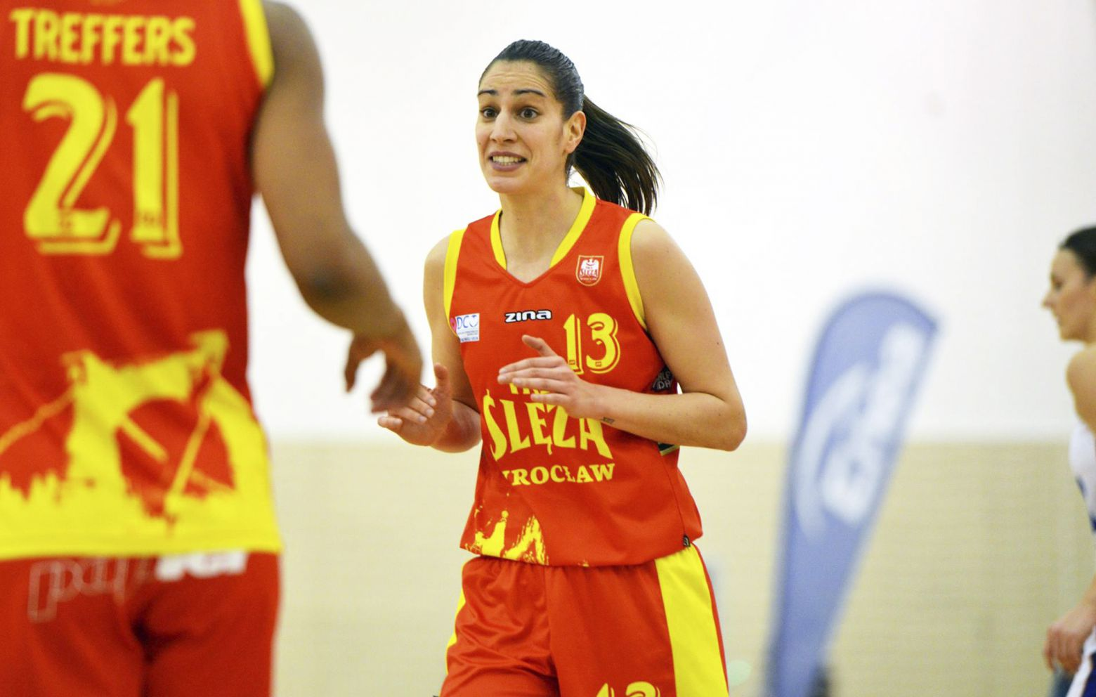TANIA PÉREZ has signed with Mann Filter Zaragoza