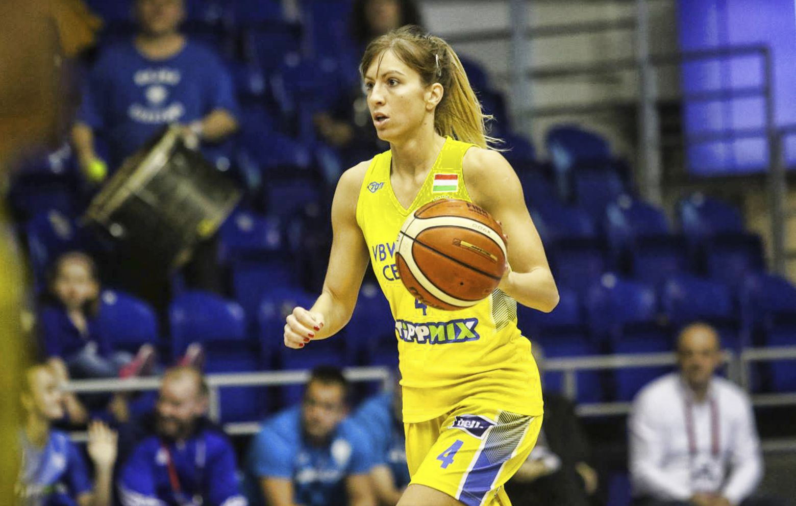 JOVANA POPOVIC has re-signed with CegledI