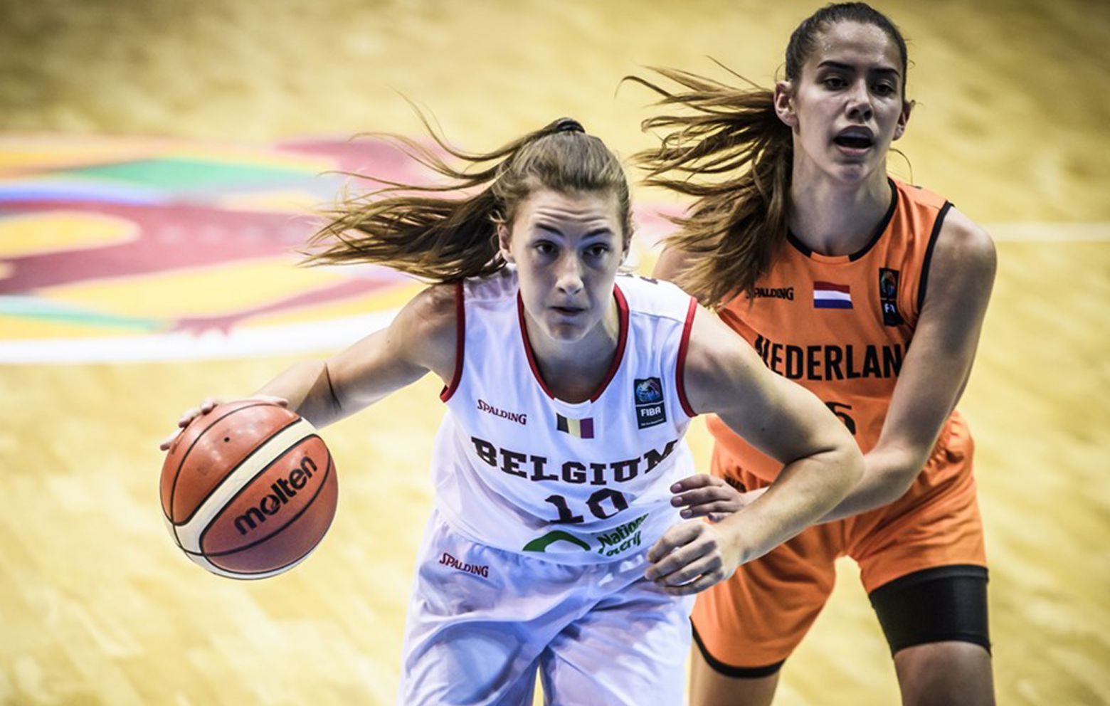 LAURE RESIMONT has signed in France with Tarbes