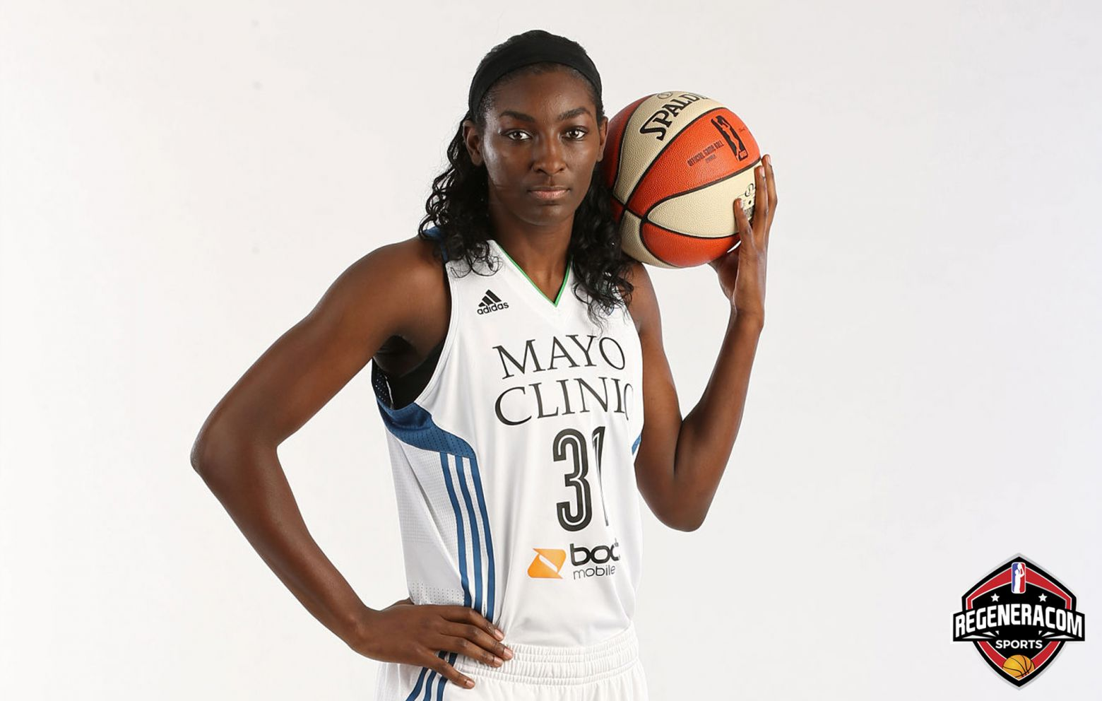 ASIA TAYLOR has signed with Regeneracom Sports