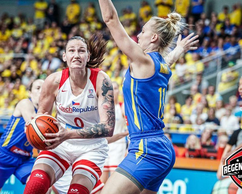 RENATA BREZINOVA has signed with Regeneracom Sports