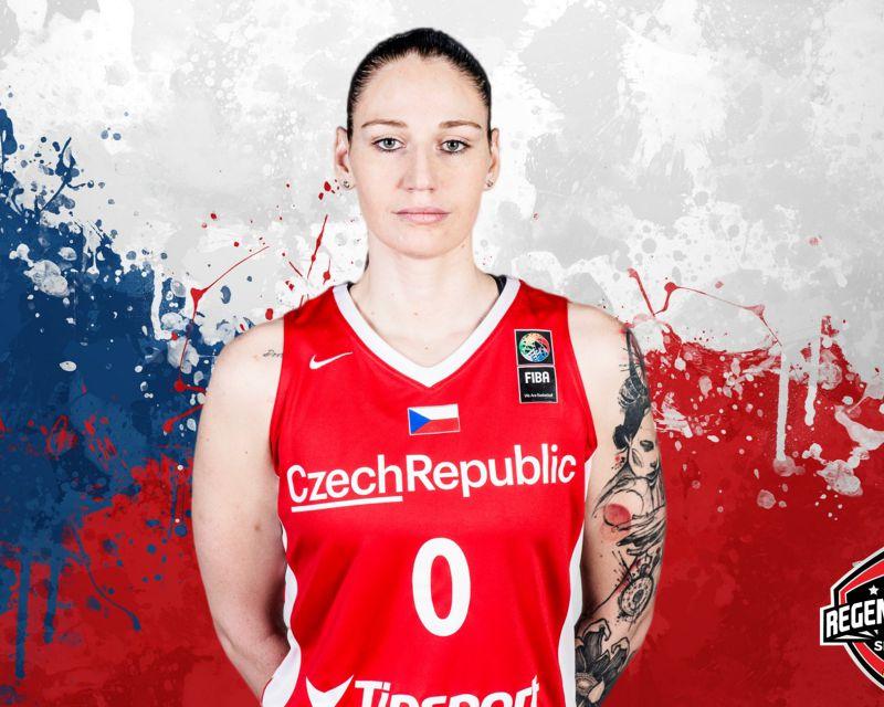 RENATA BREZINOVA ha firmado en Hungría con Cegled