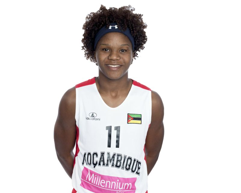 LEIA DONGUE has signed with Regeneracom Sports