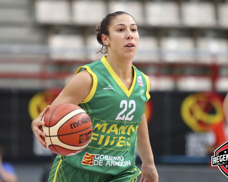 LAIA FLORES has signed in Italy with Palermo