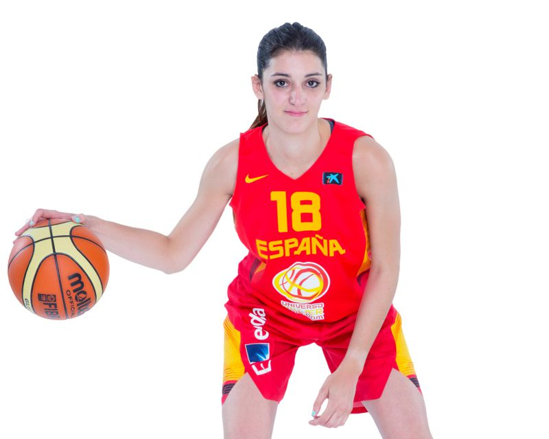 MIRIAM FORASTÉ has re-signed with Al-Qázeres