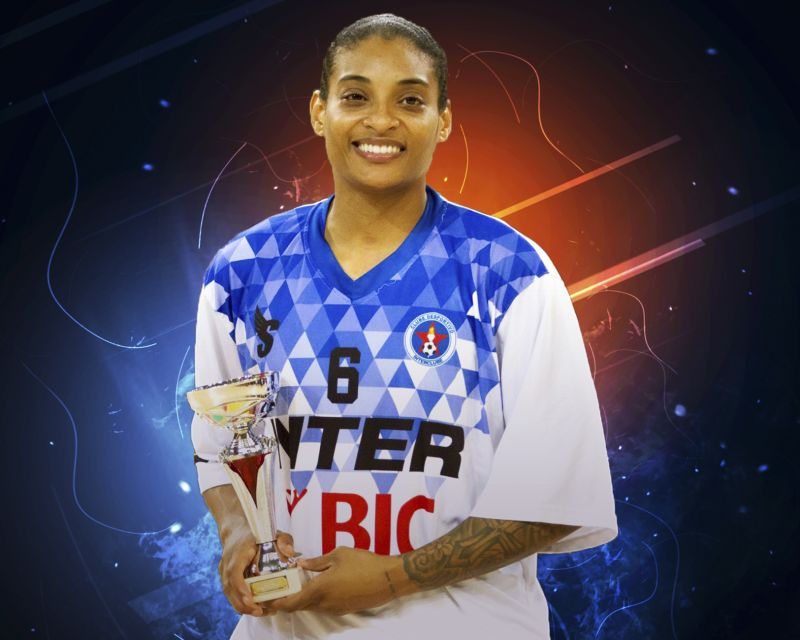 ITALEE LUCAS has signed in Spain with IDK Gipuzkoa