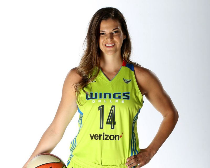TORI JAROSZ has signed in the WNBA with the Dallas Wings