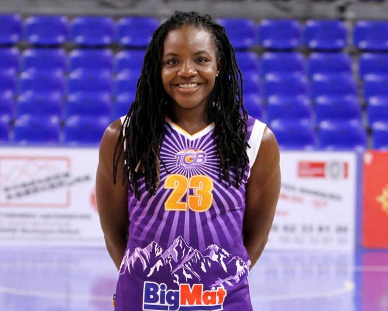 D'LESHA LLOYD has signed with Satu Mare