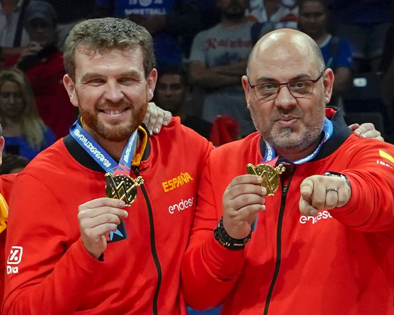 LUCAS MONDELO and CÉSAR RUPÉREZ, Gold Medal with Spain in the European Championship