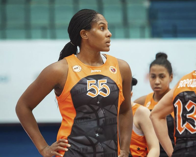 ASHLEY PARIS has signed with Nymburk