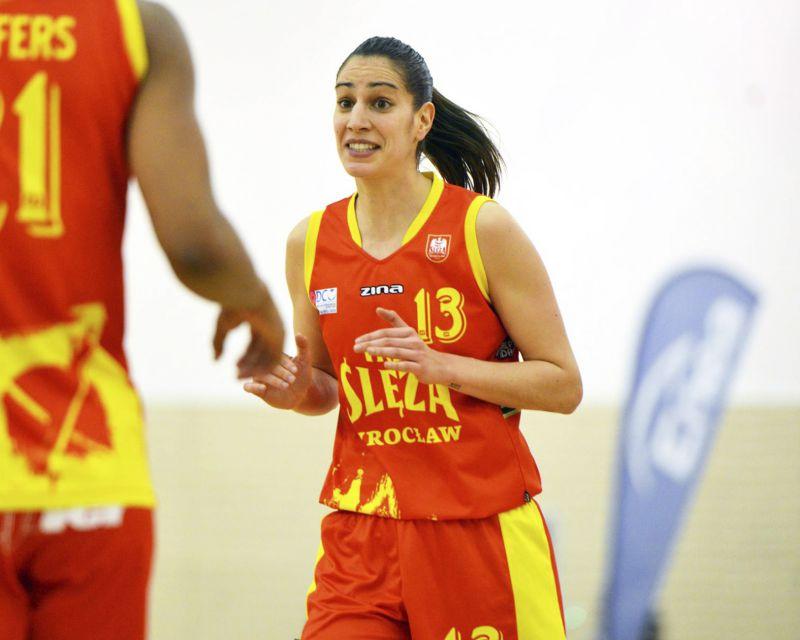 TANIA PÉREZ ha firmado con Mann Filter Zaragoza