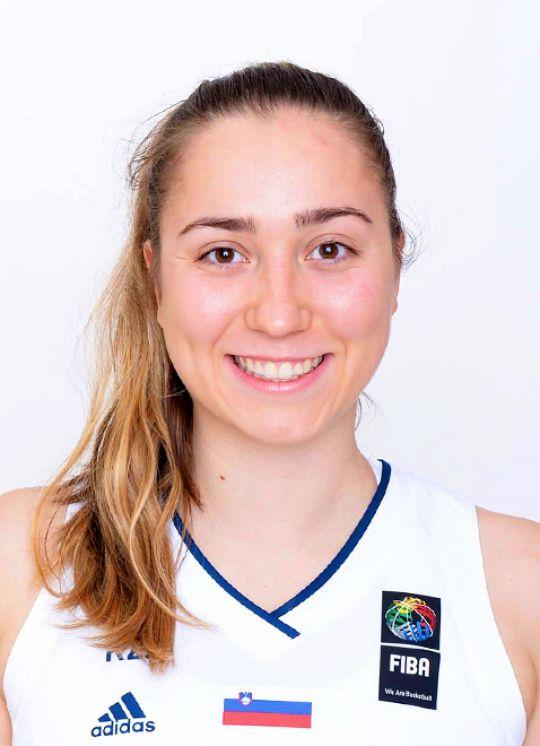 Annamaria Prezelj