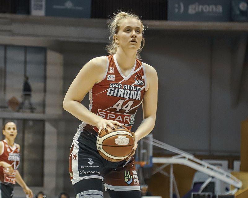 JULIA REISINGEROVA has signed with Valencia Basket